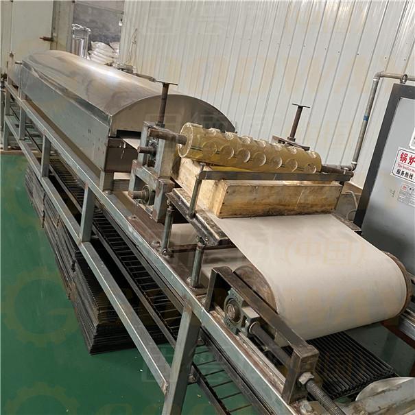 农户选择这种粉条机,一机多用,种类丰富,一天能做几十吨